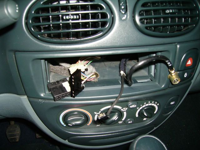 Megane am liorations et tuning for Antenne autoradio interieur